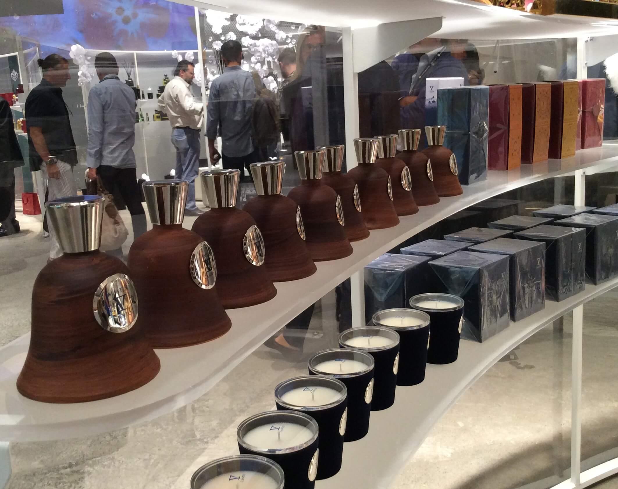 pitti-2016-profumi-e-candele-legno-e-vetro