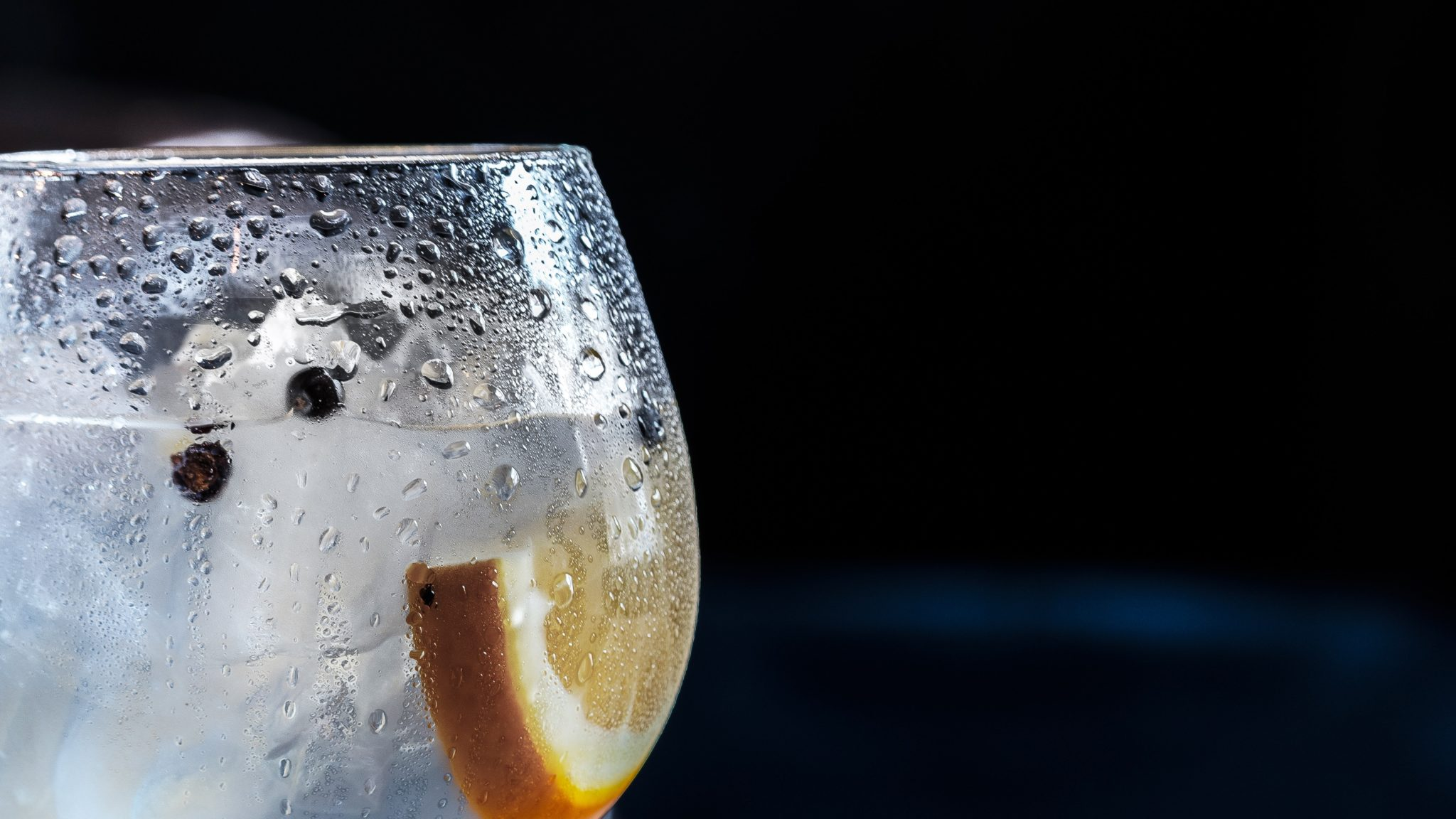 Bere acqua può bastare come intergatore se non ci si allena per più di 60 minuti a volta