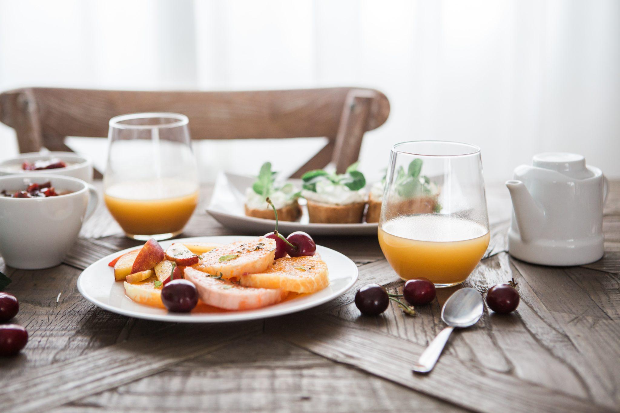 Frutta fresca e spremute dopo lo sport